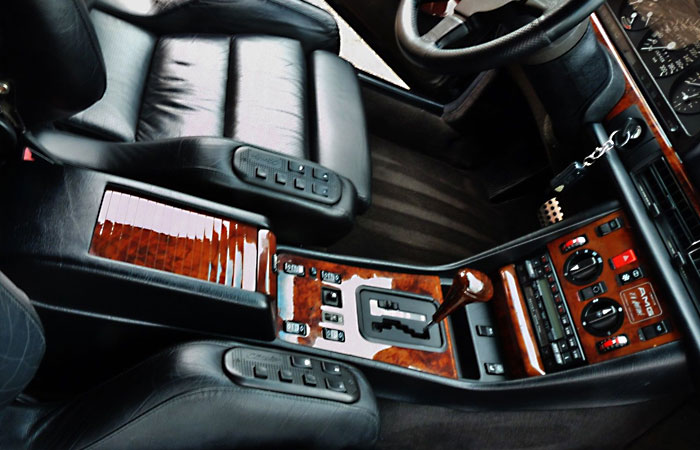 Mercedes-Benz 560 SEC 6.0 AMG