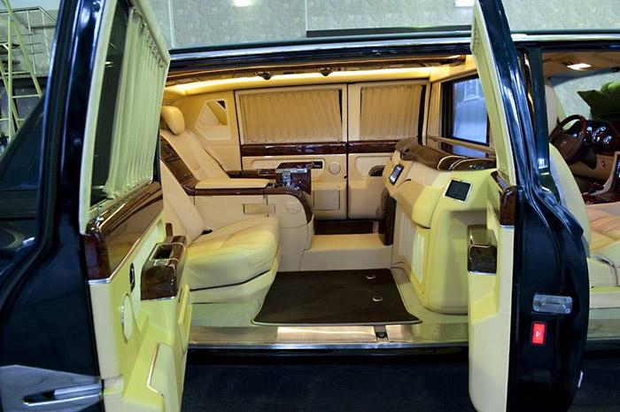 Сконструированный для Путина уникальный лимузин ЗИЛ продают за $1.2 млн в США