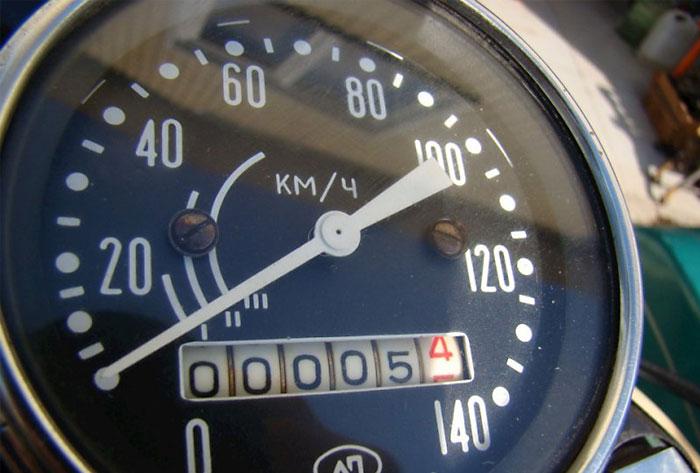 Мотоцикл «Урал» 1981 года с пробегом 5 километров