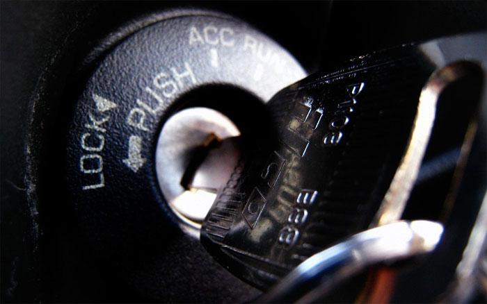 Как правильно завести автомобиль в сильный мороз и не навредить ему