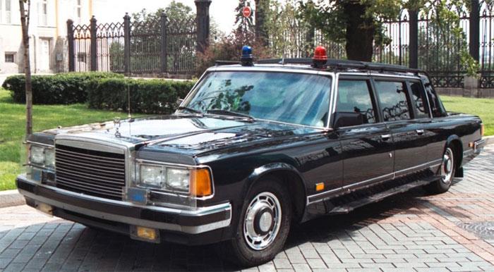 Скоростной автомобиль ЗИЛ-41072 Скорпион, 215 л.с.