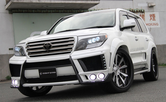 Toyota Land Cruiser 200 от Eight Star