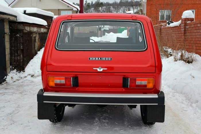 «Нива» 1980-го года выставлена на продажу за рекордные 5 млн рублей