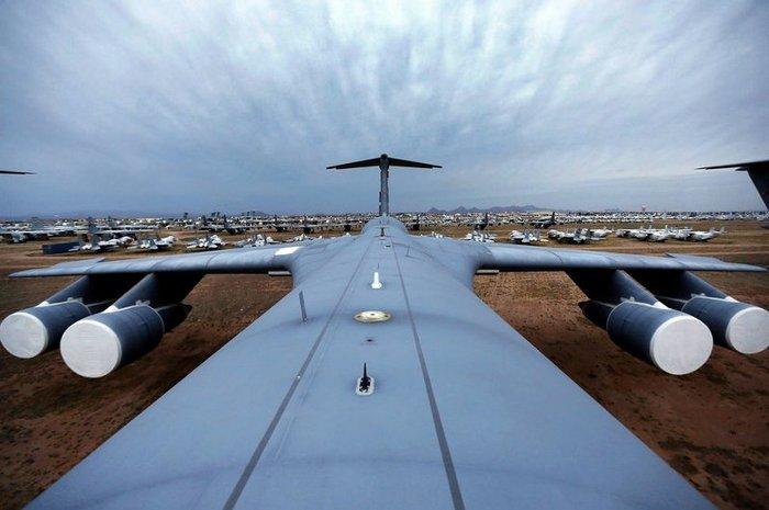 Американская воздушная база Davis-Monthan Air Force