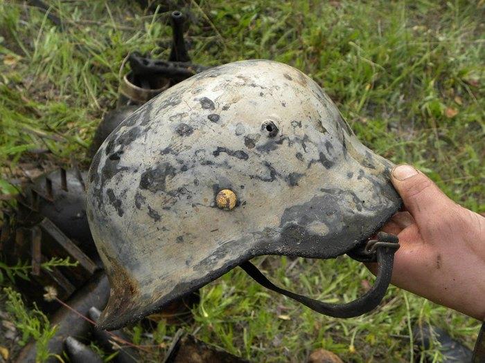 Какие артефакты находят военные поисковики в лесах и болотах